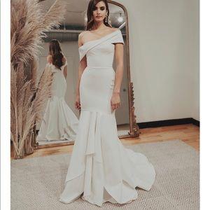 Sarah seven Prosecco wedding dress brand new!